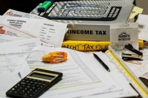 Understand How Divorce and Taxes Work